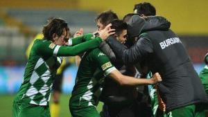 Bursasporlu gençlerin önceliği kulübe para kazandırmak! Avrupa…