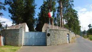 En Uzun Sığınma: 29 Yıldır Büyükelçilikte Yaşayan İki Savaş Suçlusu Dışarı Çıkacak