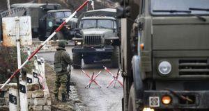 Ermenistan Savunma Bakanı: Rus barış gücü, Dağlık Karabağ'da çok verimli bir çalışma yürütüyor