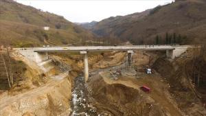 Giresun'daki selde yıkılan menfezin yerine yapılan köprü yarın açılacak