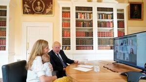 İngiltere Başbakanı Boris Johnson'dan Noel ikramı