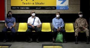 İran Ürettiği Aşıyı İlk Defa İnsan Üzerinde Test Etmeye Başladı: Covıran Bereket