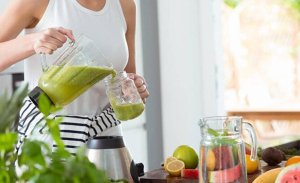 Karaciğer ve böbrek detoksu nedir bol bol zerzevat meyve tüketin!
