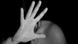 Kızgın bıçakla işkence yapan koca:Eşimin bunu kendisinin yaptığını düşünüyorum