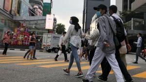 Malezya'da koronavirüs aşısının dinen uygun olduğu fetvası verildi