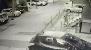 Maltepe'de katledilen akademisyen Aylin Sözer'in katilinin binaya giriş anları ortaya çıktı