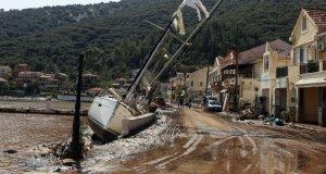 Medicane tropik fırtınasının vurduğu Yunanistan'dan görüntüler