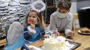 Mucize çocuk Ayda'ya sürpriz doğum günü