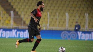 Ndiaye ve Jimmy Galatasaray maçında cezalı