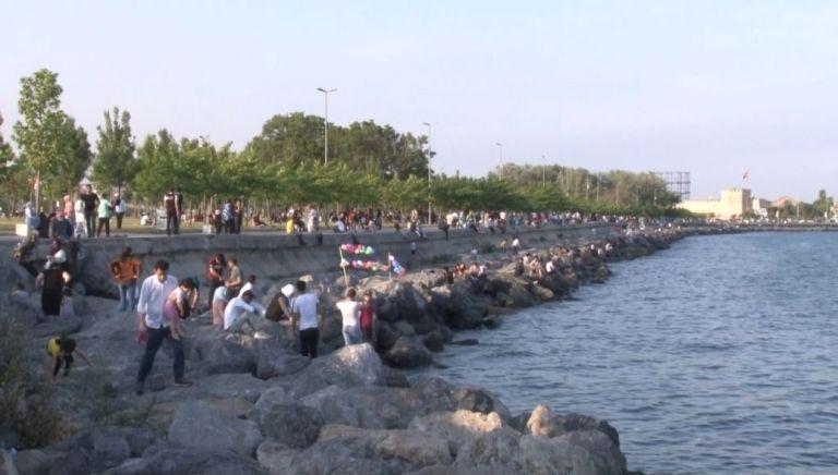 Normalleşme süreci ile birlikte sahil ve piknik alanları doldu taştı