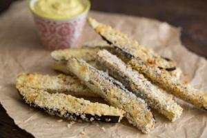 Parmesanlı Patlıcan Dilimleri Tarifi