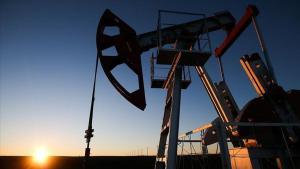 Petrol devlerinin geliri üçüncü çeyrekte 150 milyar dolar düştü
