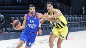 Potada dev randevu: Anadolu Efes-Fenerbahçe Beko