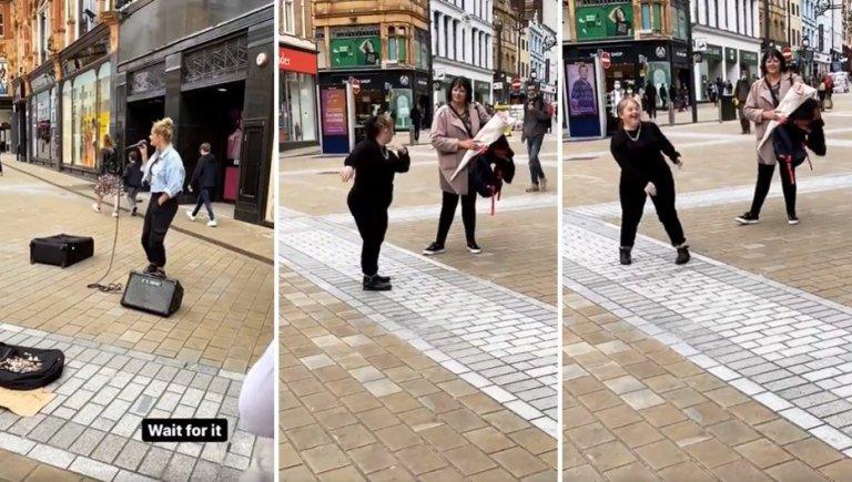 Sokak Müzisyeninin Muhteşem Performansına Dans Ederek Eşlik Eden Down Sendromlu Genç