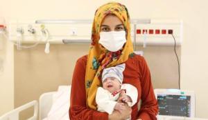 480 gram dünyaya gelen bebek 167 günlük yaşam mücadelesini kazandı