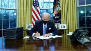 """ABD Başkanı Biden, """"ırk eşitliği"""" temasıyla 4 ayrı kararnameye imza attı"""