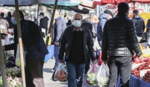 Ankara'da kısıtlama sonrası semt pazarlarında yoğunluk