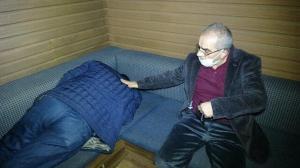 Boksörler derneğine kumar baskını: Polisi karşısında görünce uyuma numarası yaptı
