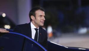 Fransa'da Macron'un kabinesine güven azalıyor
