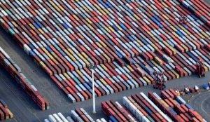Güçlü ihracat Alman ekonomisinin küçülmesini önledi
