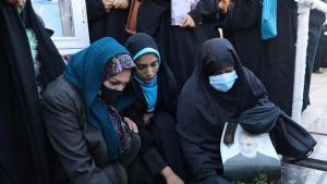 İran'da son 24 saatte Kovid-19'dan 110 kişi hayatını kaybetti