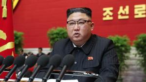Kuzey Kore'den 'başarısızlık itirafı' Kim Jong-un'un kelamlarını bütün salon pür dikkat dinledi