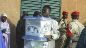 Nijer'de cumhurbaşkanı seçimi ikinci çeşide kaldı
