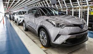 Toyota, 2020'deki 9,53 milyon araç satışıyla Alman devi Volkswagen'i geçti