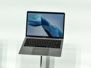 Yeni nesil MacBook Pro'larda SD kart yuvası geri dönüyor