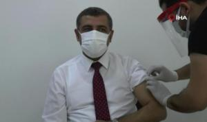 14 Ocak'ta Korona Aşısı Olan MHP Milletvekili Test Sonucunun Pozitif Çıktığını Açıkladı