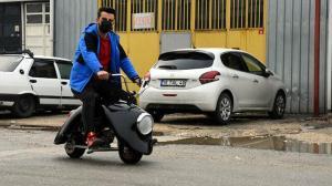 50 kilometre hıza ulaşabiliyor: Bursa'da iki arkadaş 'Kaplumbike' adını verdikleri motosiklet üretti