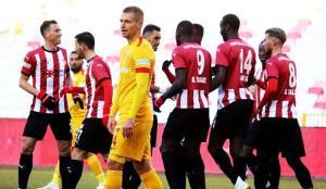 Anadolu derbisinde kazanan Sivasspor