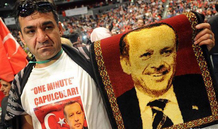 Başkanını Cumhurbaşkanı Erdoğan seçiyor, istihbarat raporlarında geniş yer alıyor: UID AKP'nin yurt dışı kolu mu?