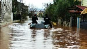 Doluluk oranı yüzde 100'e dayandı: İzmir'de iki mahalle için boşaltma kararı