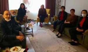Ev hapsi alan Boğaziçi öğrencilerine CHP'den ziyaret