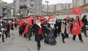 Evlat nöbetindeki Şırnaklı anneler çocuklarını HDP'den istiyor