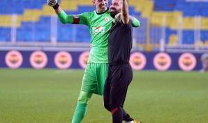 Galatasaray Kadıköy'de kazandı Arda Turan sevinçten ağladı