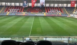 Gençlerbirliği-Beşiktaş maçının yoğun kar altında oynanması bekleniyor
