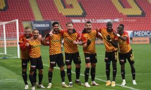 Göztepe Başakşehir maçında goller var