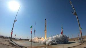 İran yeni uydu taşıyıcısını test etti