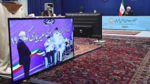 İran'da birinci Kovid-19 aşısı Sıhhat Bakanı'nın oğluna yapıldı