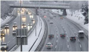 İstanbul trafiğinde kar sakinliği