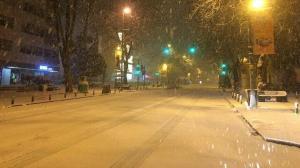 İstanbul'da kar tipiye döndü: Araç sürücüleri zor anlar yaşadı