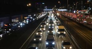 İstanbul'da Kritik Eşik Aşıldı: Trafik Artık Tüm Gün Sıkışık