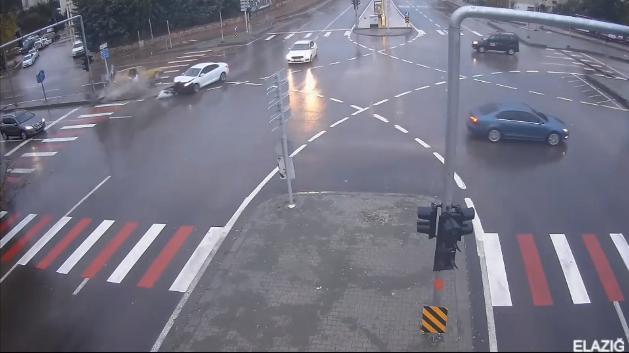 Trafik.gov.tr'de Yayınlanan 2021'in Ocak Ayına Ait Trafik Kazası Görüntüleri