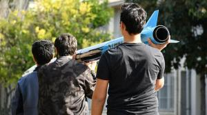 Üniversiteli gençler geliştirdi: 6 kilometre menzili var