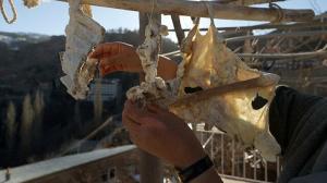 Yüzyıllardır aynı yöntemle yapılıyor: Pişen her yemeğe katılıyor