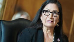 ABD tarihinde birinci kere kabineye 'Amerikan yerlisi' seçildi