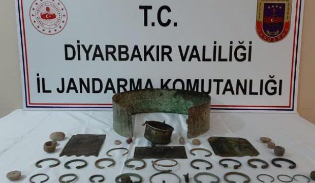 Diyarbakır'da 45 tarihi eser ele geçirildi