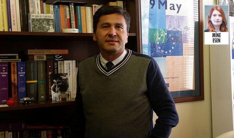 """Doç. Ali Faik Demir,  """"Dış politikada alternatif değerlidir"""""""